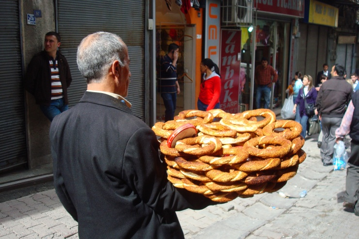 0044_Istanbul street trade NEW